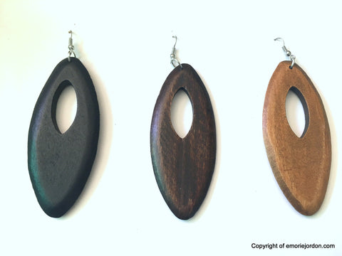 Nifina Earrings w/ Wooden Cut Out
