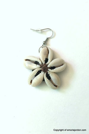 Cowrie Shell Flower Earrings