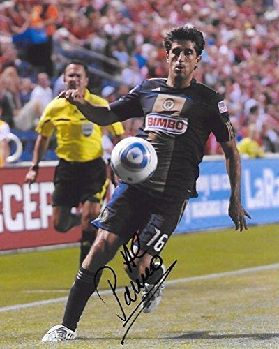 Veljko Paunovic, Chicago Fire, Signed, Autographed, 8X10 Photo, a Coa with the Proof Photo of Veljko Signing Will Be Included.