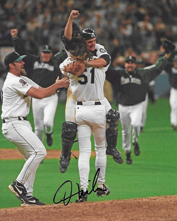 Dan Wilson Seattle Mariners signed autographed baseball 8X10 Photo proof COA