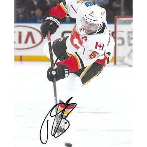 Mark Giordano, Calgary Flames, Signed, Autographed, NHL, Hockey, 8X10 Photo, a COA with the Proof Photo of Mark Signing Will Be Included