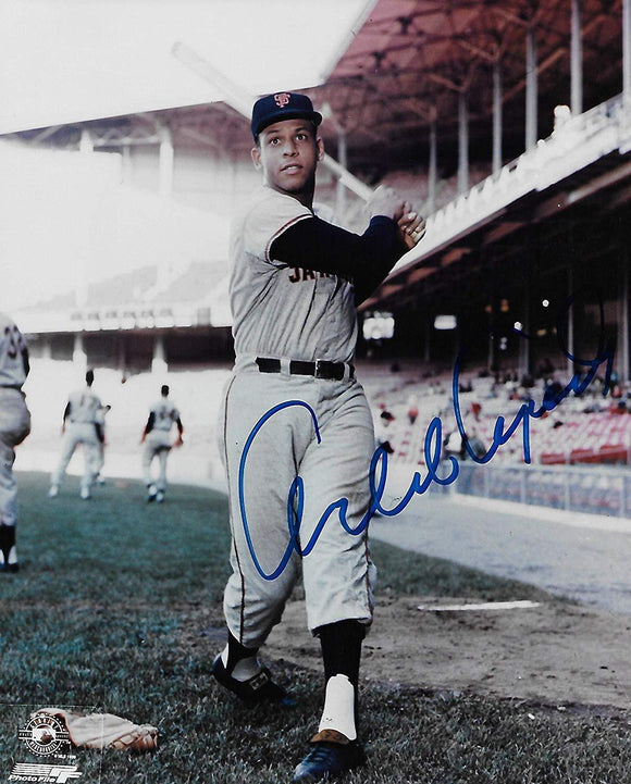 Orlando Cepeda San Francisco Giants signed autographed, 8x10 Photo, COA will be included.