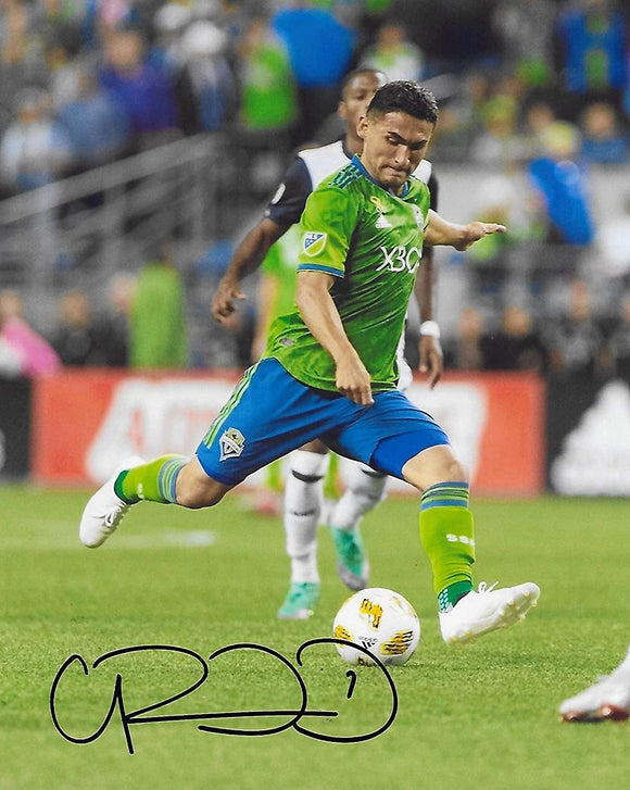Cristian Roldan Seattle Sounders signed autographed soccer 8x10 photo. proof COA.
