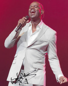 Brian McKnight American R&B Singer songwriter signed 8x10 photo proof COA