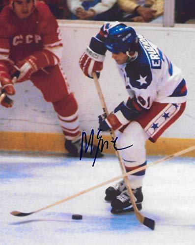 Mike Eruzione,1980 Lake Placid Winter Olymics, Usa Gold, signed, autographed, Hockey 8x10 Photo. Coa with the Proof Photo will be included.