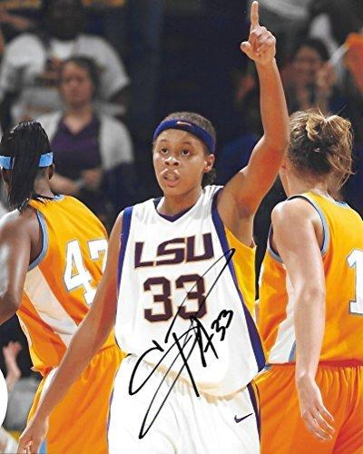 Seimone Augustus, LSU Tigers, Minnesota Lynx, Signed, Autographed, 8X10 Photo, a COA with the Proof Photo of Seimone Signing Will Be Included.