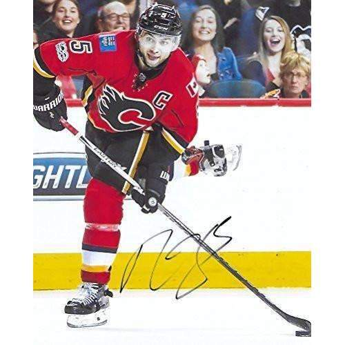 Mark Giordano, Calgary Flames, Signed, Autographed, NHL, Hockey, 8X10 Photo, a COA with the Proof Photo of Mark Signing Will Be Included.