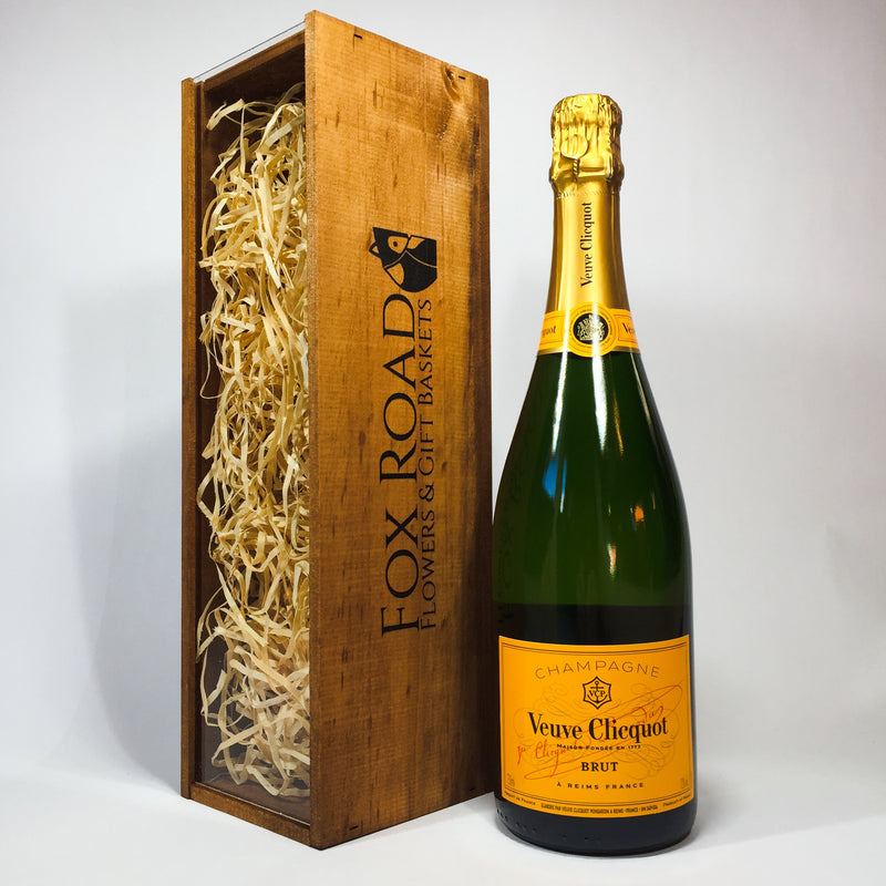 Veuve Clicquot gift Champagne in a Wooden Box