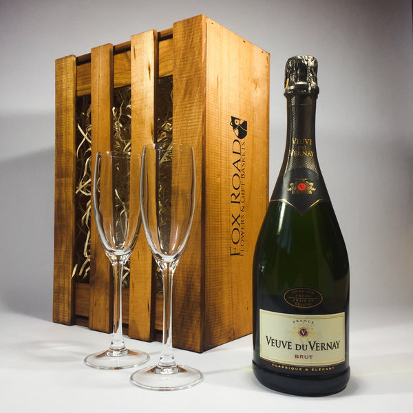 Veuve Du Vernay Sparkling Wine in a Wooden Box with Flutes