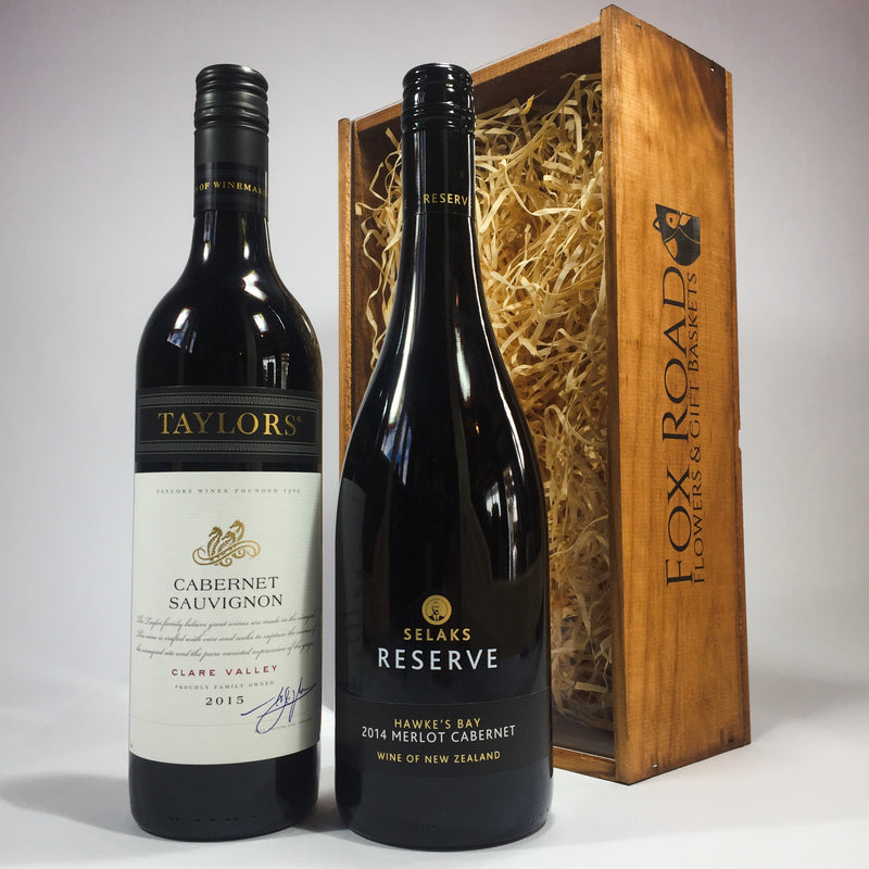 Cabernet wine gift box with Selaks Reserve and Taylors red wine