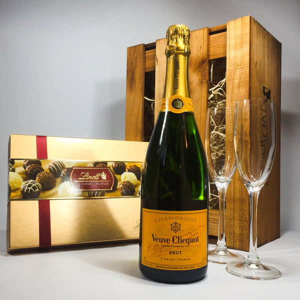 Veuve Clicquot Gift Box Basket