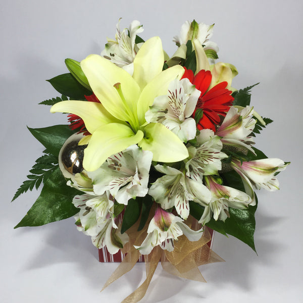 Celebrate with birthday flowers in Porirua