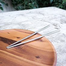 Load image into Gallery viewer, two pairs of stainless steel chopsticks