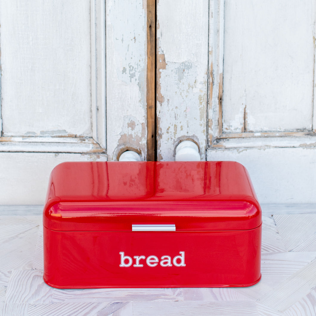 Rouge Bread Box