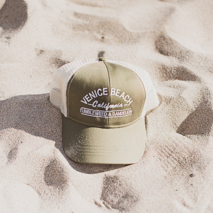 Venice beach trucker hat green tan