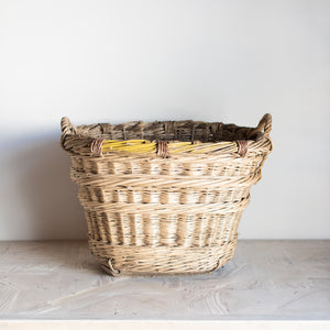 The Carnard Champagne Basket