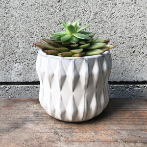 geometric white small planter