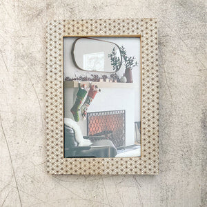 unique picture frame