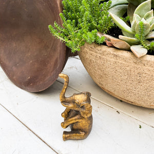 Happy elephant ring holder