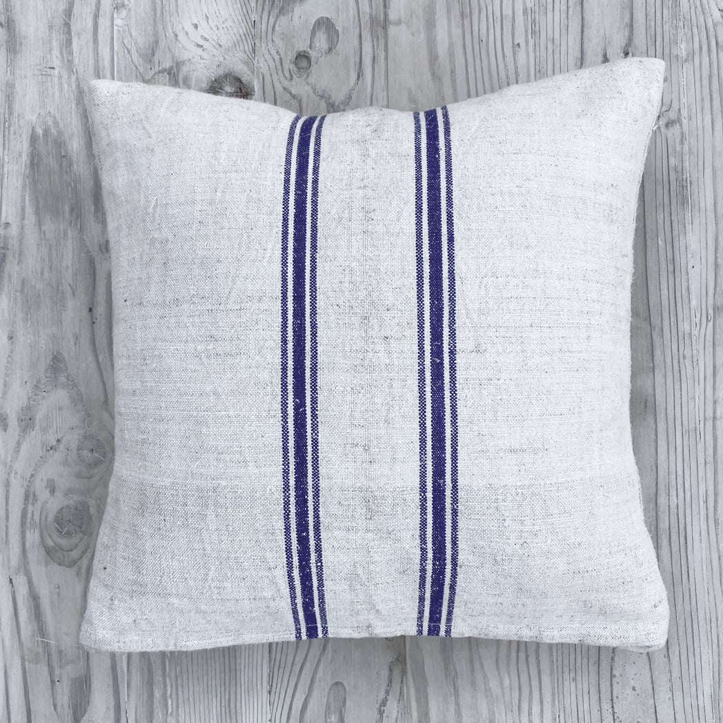 Petit Grain Sack Pillow
