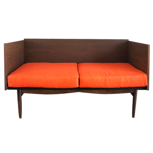 Desmond Loveseat