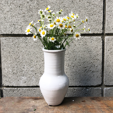 Load image into Gallery viewer, White Ceramic Vase