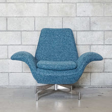 Load image into Gallery viewer, The Madison Chair