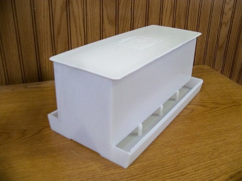 5003  Game Chick Feeder