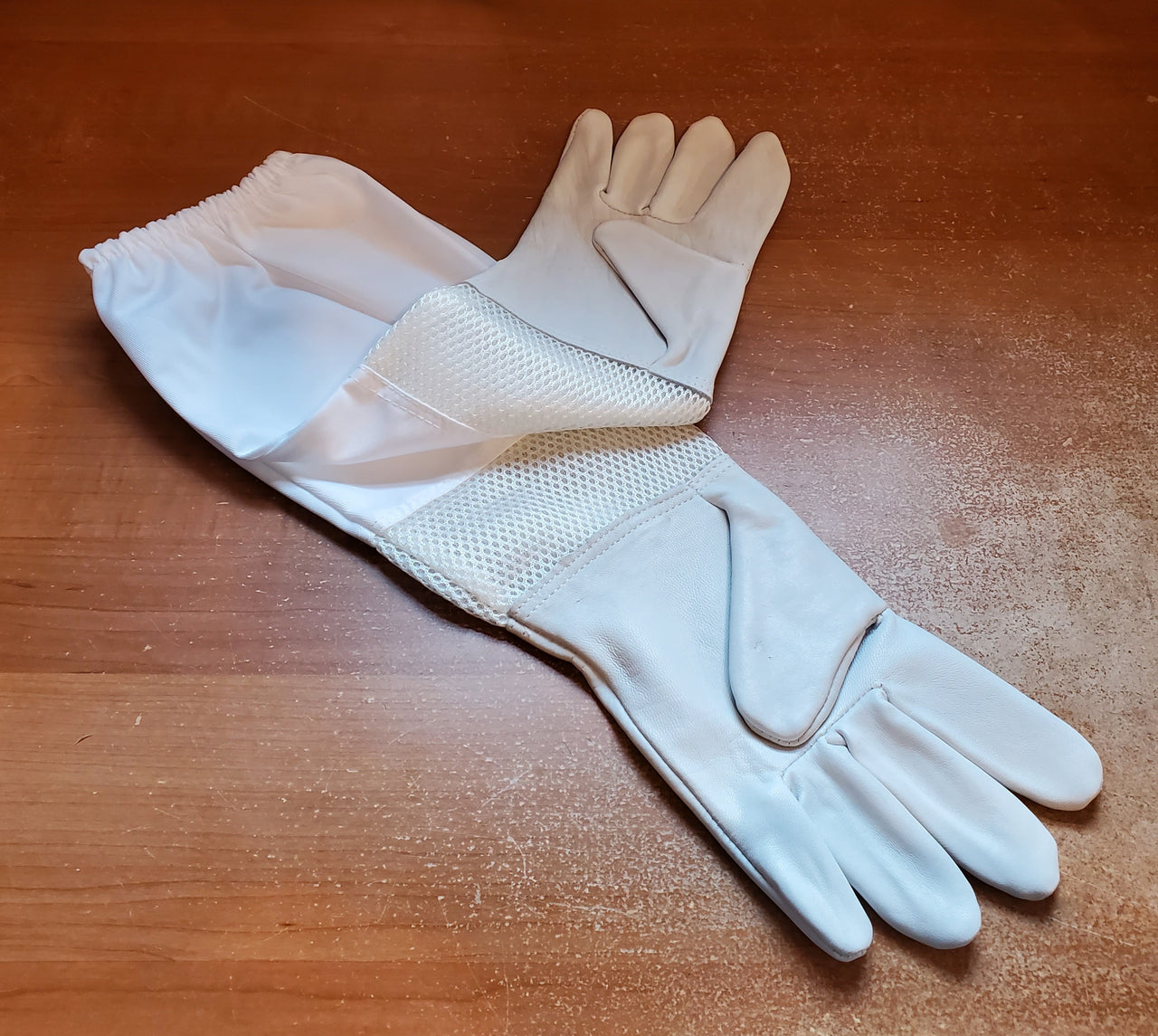 BZ36- Economy Vented Gloves