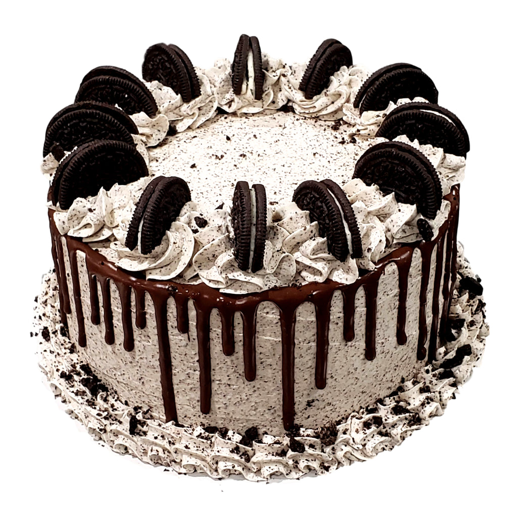 Cookies and Cream Cake - Baked Cravings