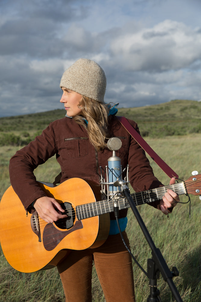jess kilroy pitch and pain guitar prairies dovetail workwear