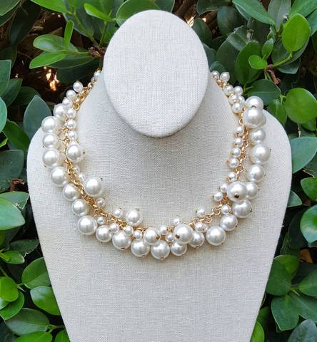 Molly Pearl Bauble Necklace - Biology Boutique