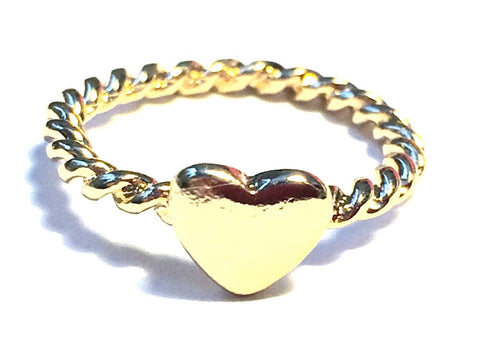 Ana's Twisted Heart Ring in Gold - Biology Boutique