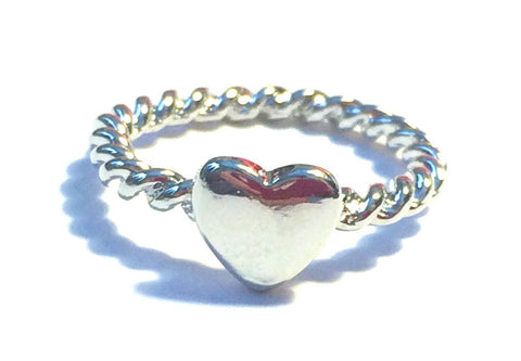 Ana's Twisted Heart Ring in Silver - Biology Boutique