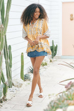 JAASE Chloe Blouse Bee