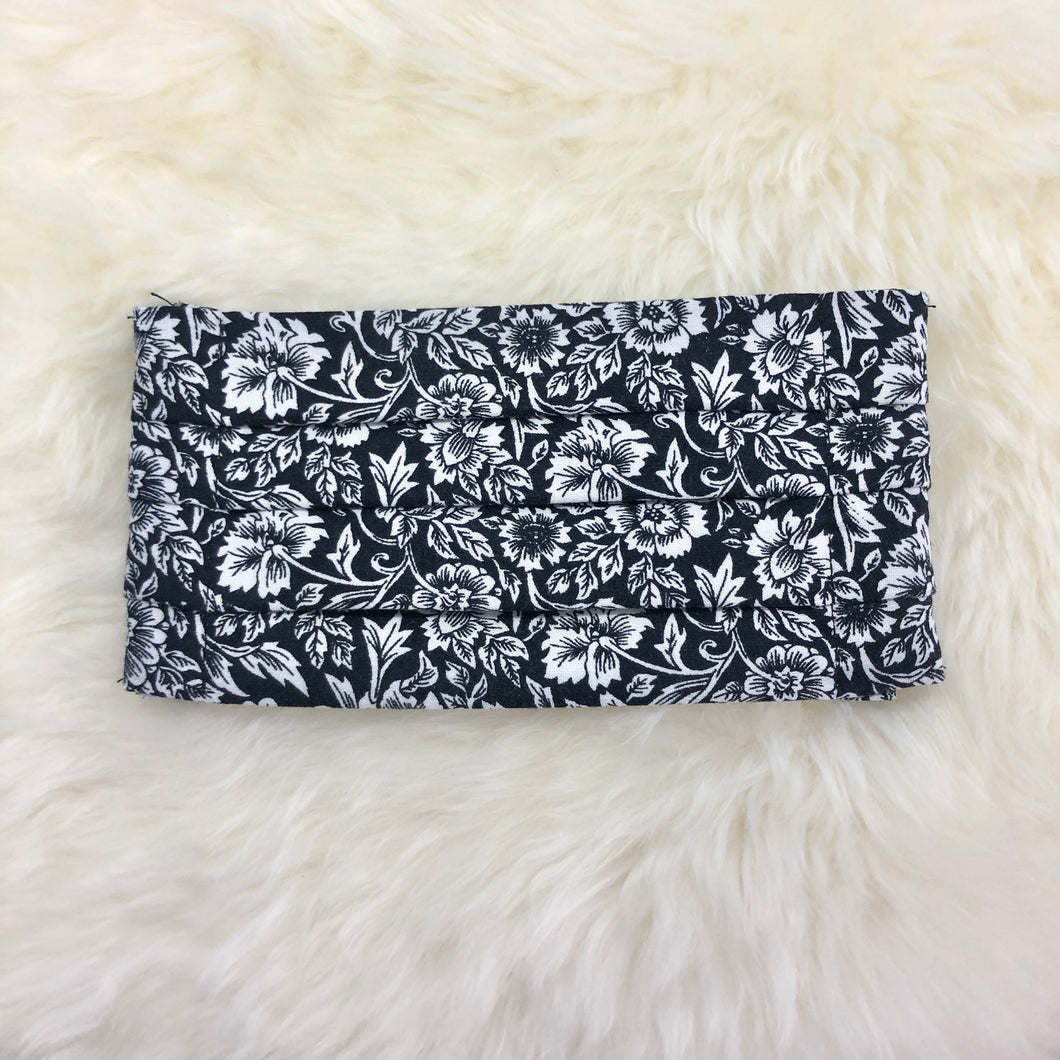 Black & White Paisley Pleated Face Mask