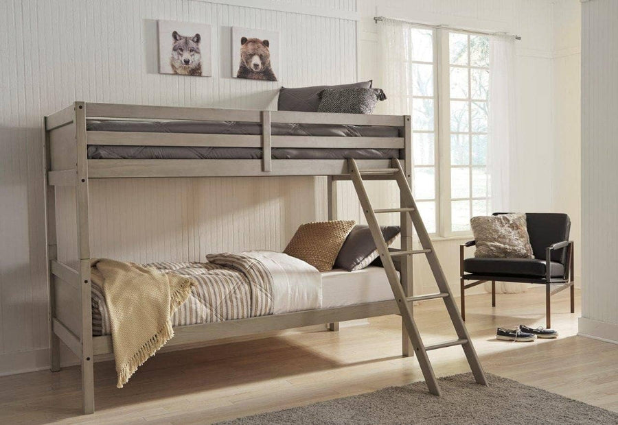 TWIN/TWIN BUNK BED WITH LADDER