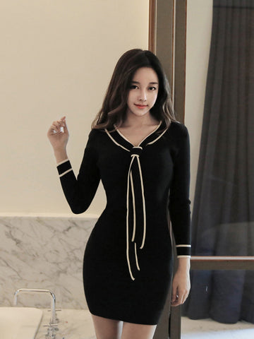 KIRA ELEGANT BOW KNIT DRESS