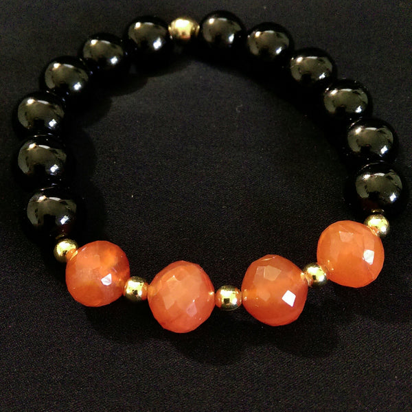 Carnelian and Black Onyx Stretch Bracelet // Gemstone Bracelet