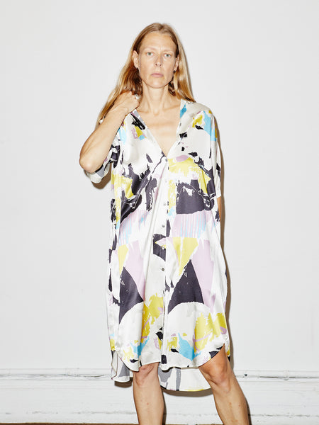 Silk Oversized Shirtdress in White Torn Print