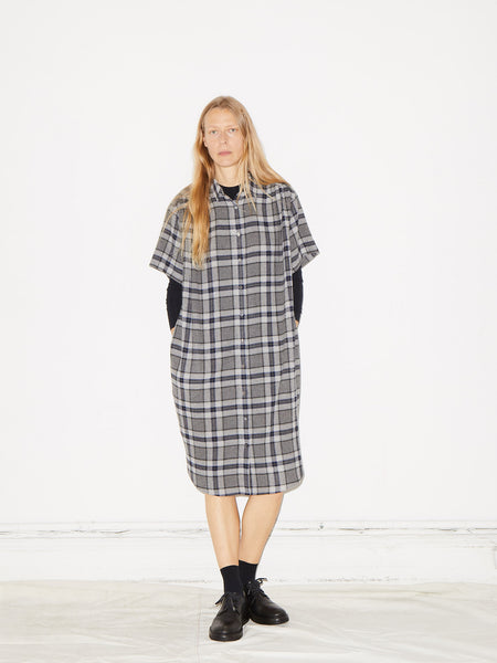 Oversized Shirtdress in Grey Plaid
