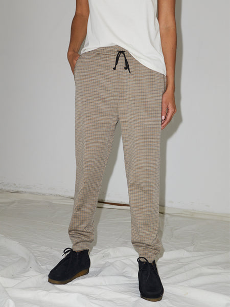 Houndstooth Sweatpant in Camel