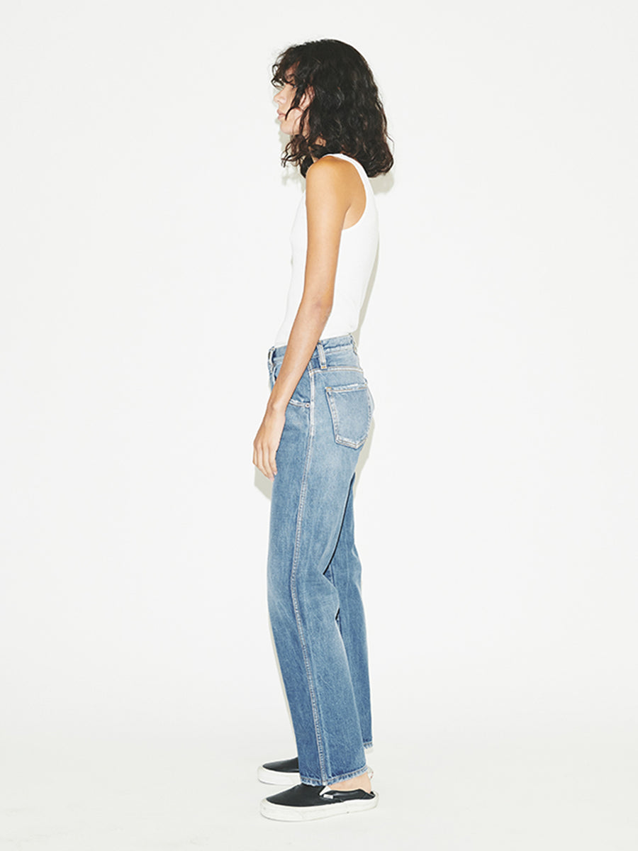 Straight Jean in Clean Vintage