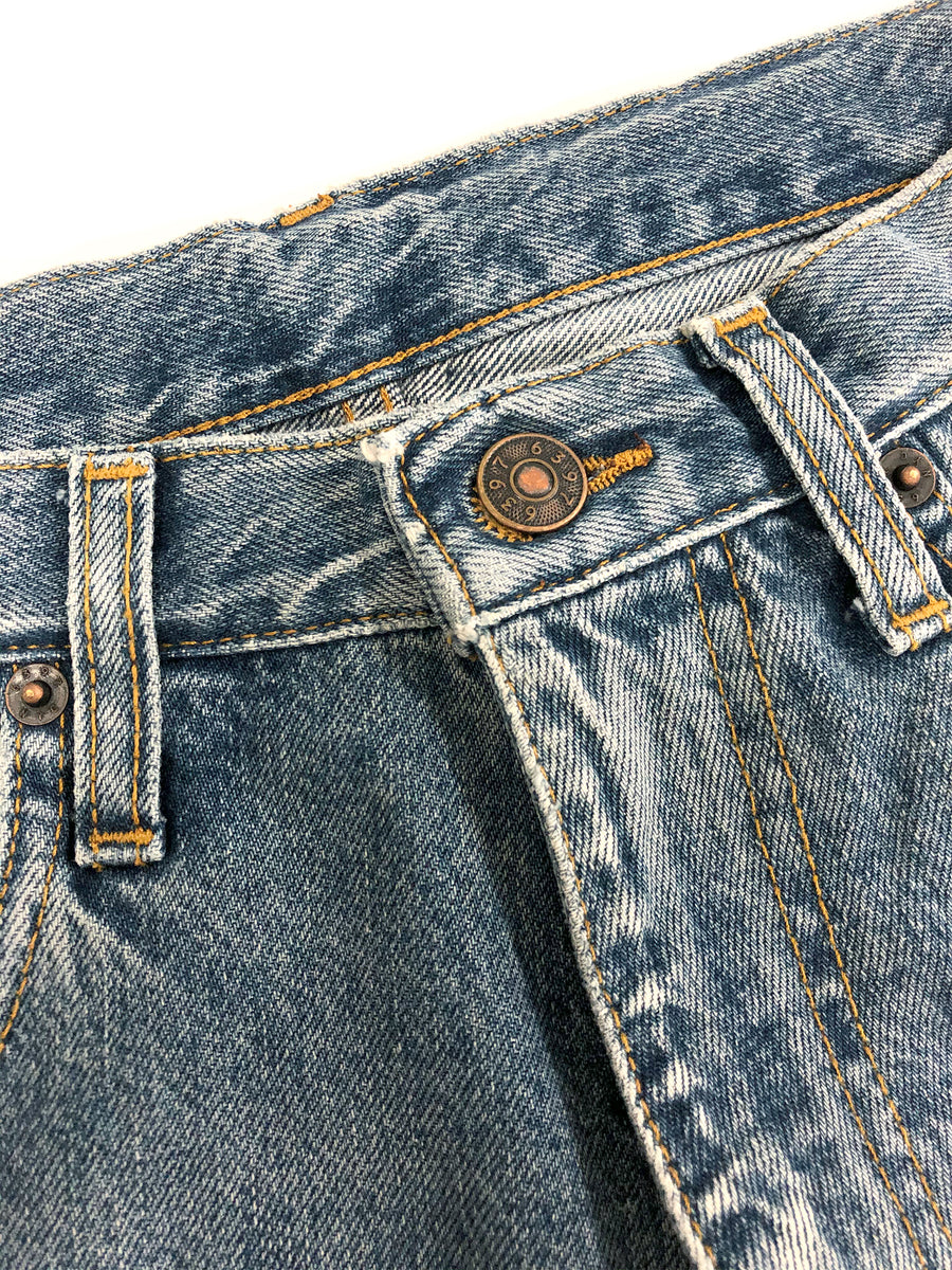 Straight Jean in Stonewashed Blue