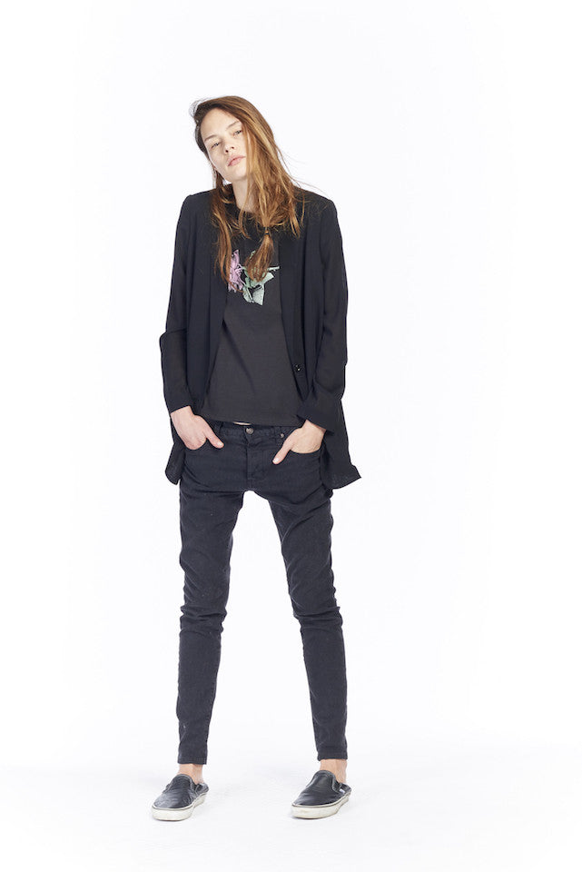 NT068P Graphic Muscle T- New Rose - Black, NJ051 Sheer Blazer- Black, NP077 Boy Jean- Black tea