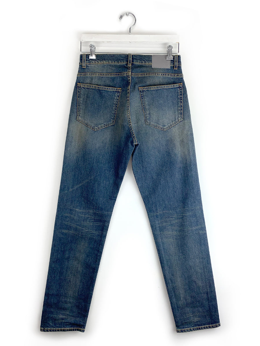 Relaxed Jean in Antique Blue