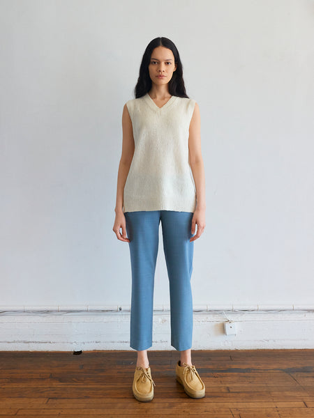 Pull-On Trouser in Chambray