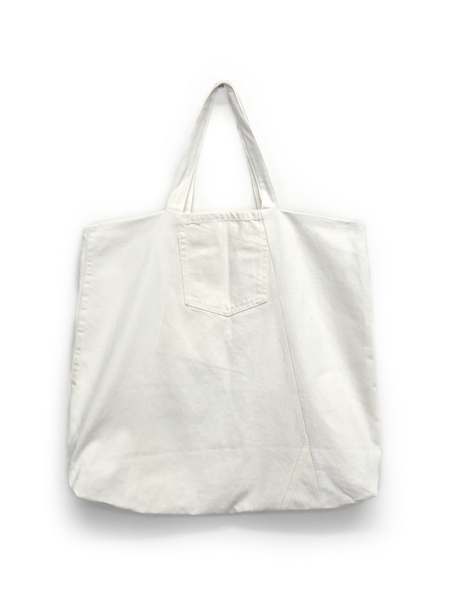 Slash Tote in White Patchwork