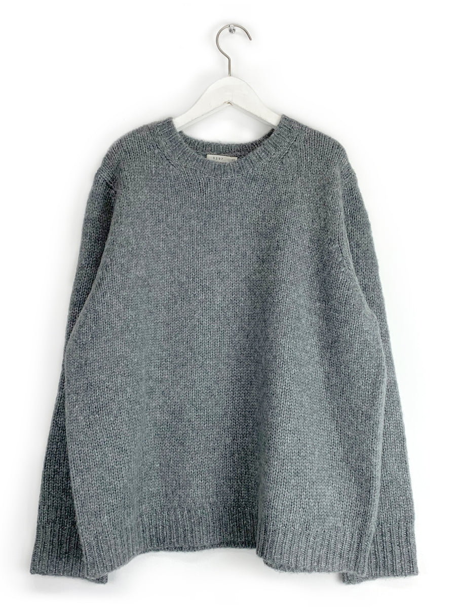 Slouchy Crewneck in Charcoal