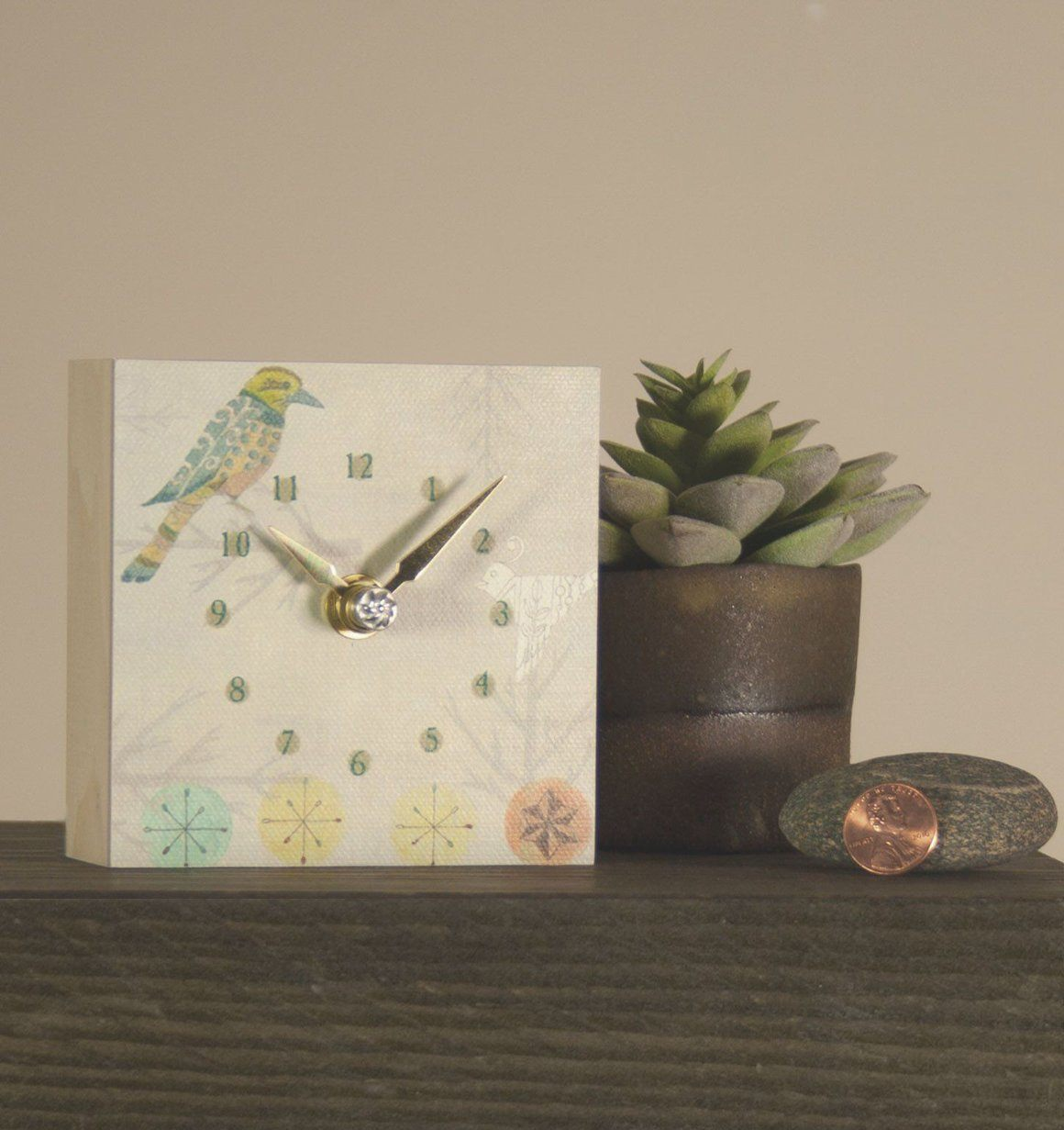Mini Clock in Bird Friends